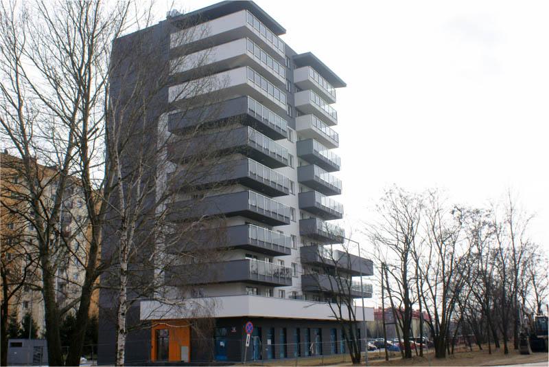 Budynek mieszkalny przy zbiegu ulic Książkowej i Światowida